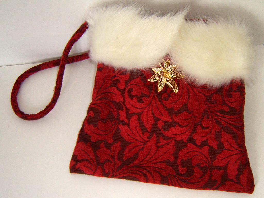 Textilarbeiten Stilvolle Umhängetasche mit 2 Innentaschen