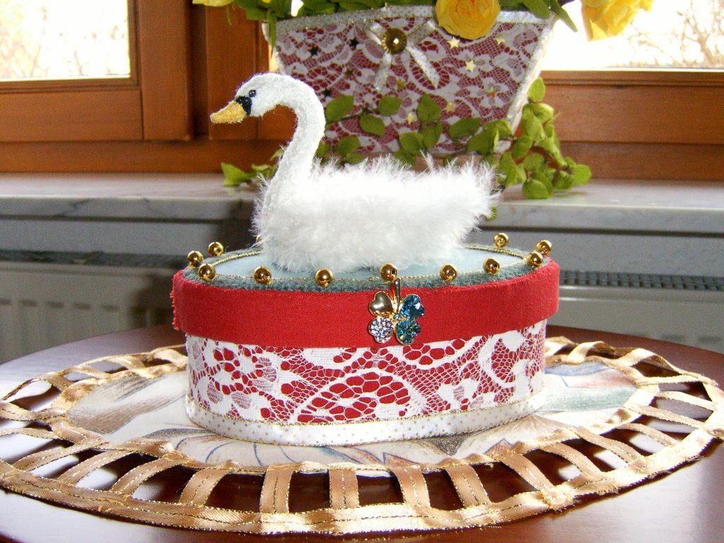 Der weiße Schwan Textilarbeiten